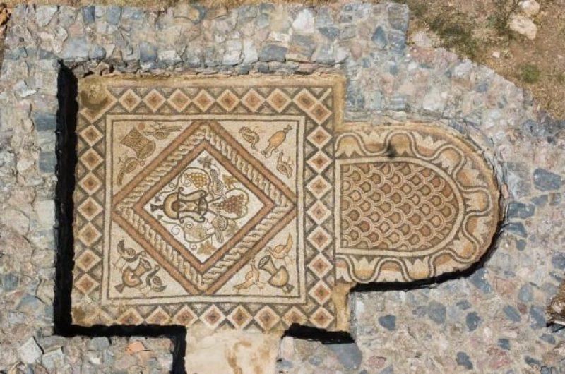 Nëse kalon nga Lini, të pret edhe mozaiku i Bazilikës (Hapur për vendasit dhe të huajt)