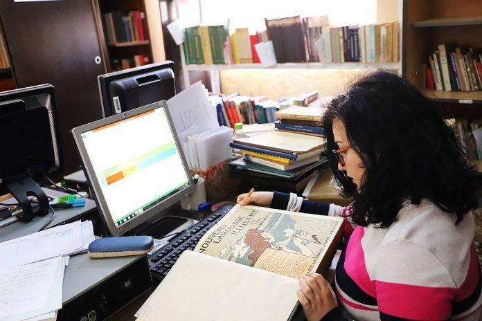 Po punohet për dixhitalizimin e mbi 10 mijë librave (Fotot)