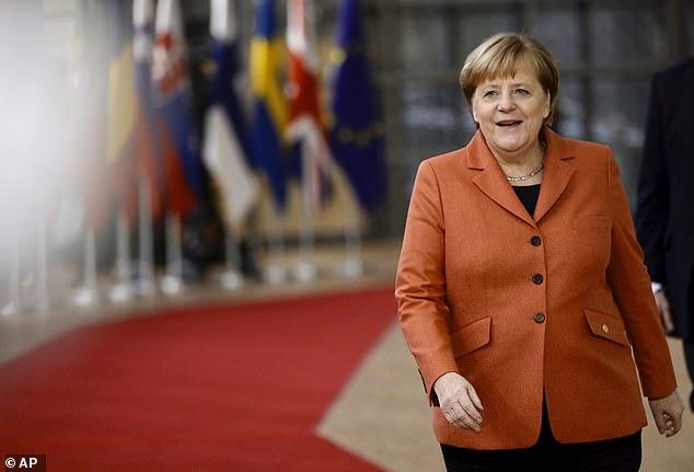 Kryeson Merkel, njihuni me 10 gratë më të fuqishme në botë