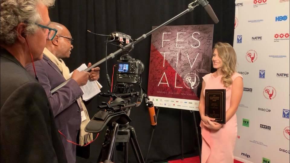 Artistja shqiptare fituese e çmimit Ndërkombëtar të Krijuesve të Rinj në Nju Jork
