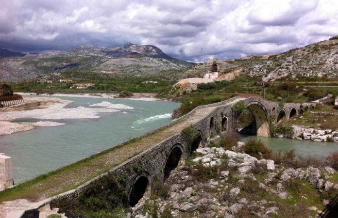 Perla e turizmit, nis rikonstruksioni i aksit Ura e Mesit-Kala e Drishtit