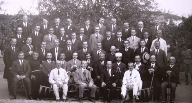 100 vjet parlamentarizëm/ Kongresi i Lushnjës, një nga më të rëndësishmit në historinë e kombit shqiptar