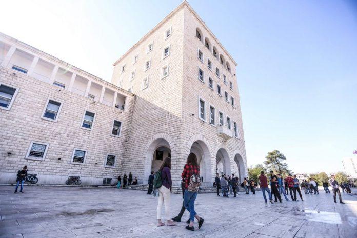 Studimi/ Shqiptarët i japin vlerë shkollës më shumë se vendet e rajonit