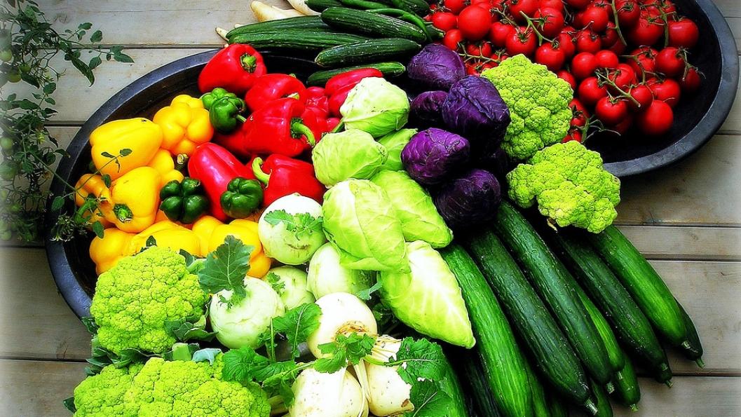 Si të ushqeheni shëndetshëm gjatë karantinës