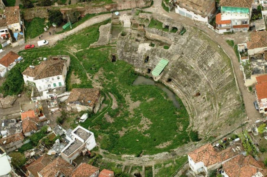 14 prill 1966, kur arkeologët shqiptarë zbuluan Amfiteatrin mbi 2 mijë vjeçar të Durrësit