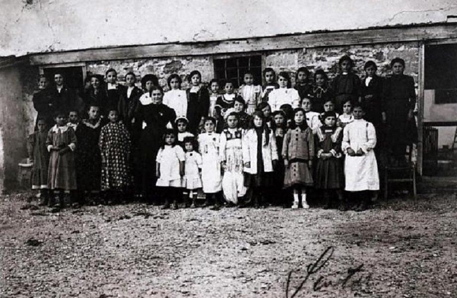 Kushe Mica, themeluesja e shkollës së parë për gratë dhe vajzat shqiptare