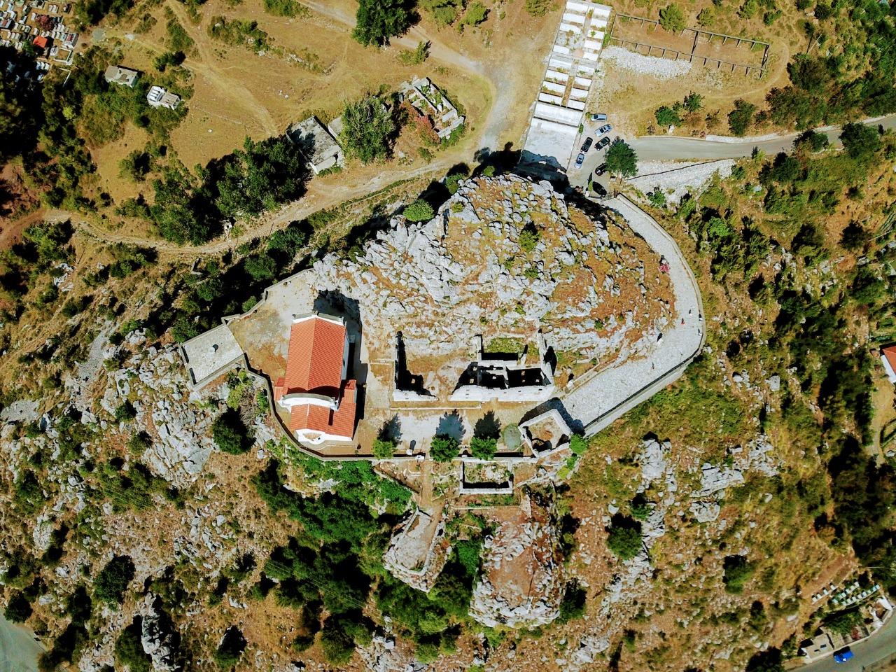 FOTO/ Monument me vlera unikale, nis restaurimi i Kishës së Manastirit të Rubikut